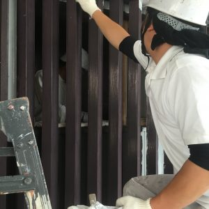 窓格子の塗装1