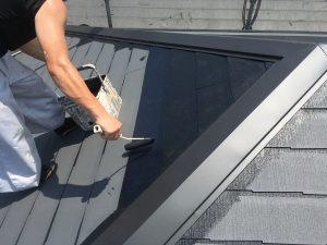 コロニアル屋根の塗装塗り替え